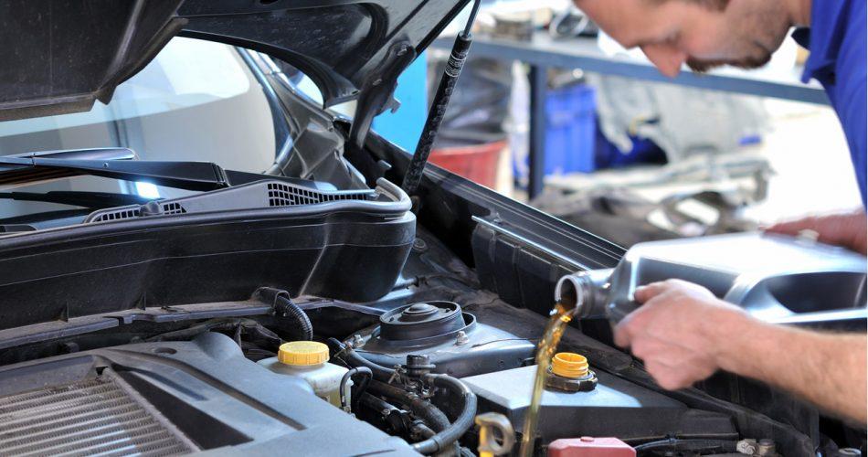 entretient de voiture et autres vehicules garage mecanique de la gare schefferville canada 2019